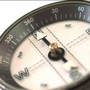 Picture Of Magnetic Compass